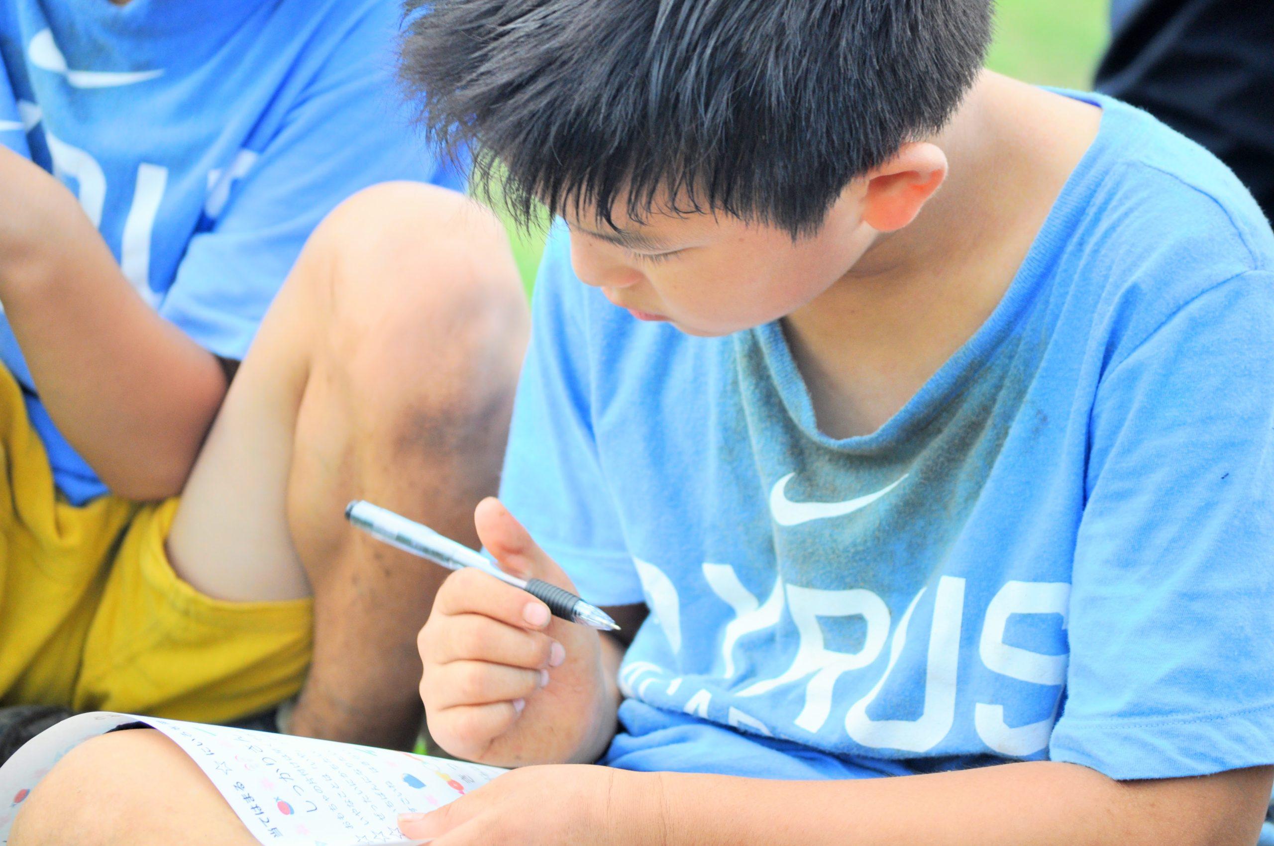 少年野球の子どもたち必見 「野球ノート」をつけて調子の良し悪しを見極めよう
