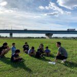 野球とサッカー子どもにどちらを学ばせるのアイキャッチ